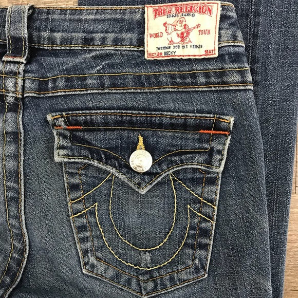 dc8b9072cccf1 True Religion Becky Low Rise Boot Cut Jeans 28. M_5b3a5dbf409c15b7156eb5c7